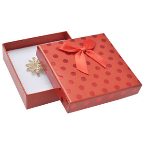 JK Box Červená dárková krabička s puntíky a mašličkou KC-5/A7